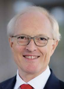 Dr. Kurt Schmalz
