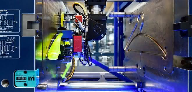 Entnahme per Linearroboter