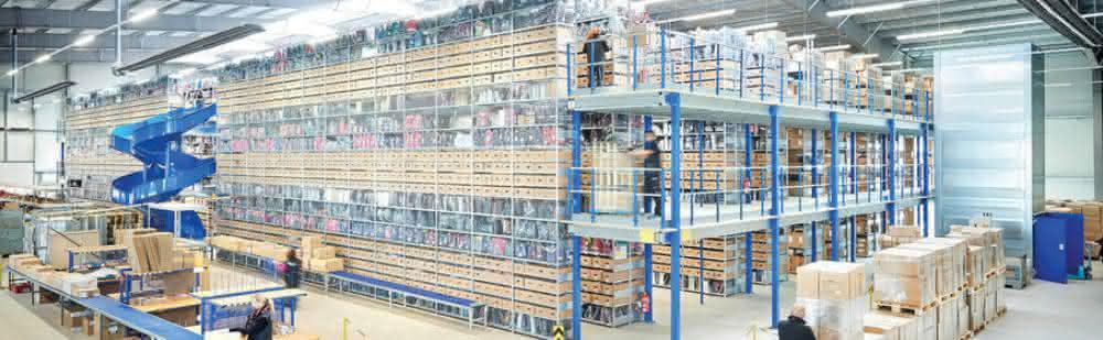 handling Thema: Materialfluss in der industriellen Produktion