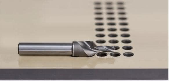 Bohr-Senk-Werkzeug zur Trockenbearbeitung