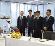 Omron und Techman Robot kooperieren bei kollaborativen Robotern