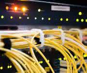 Ethernet-Einsatz zur Anbindung an SPS-Systeme (Auszug).