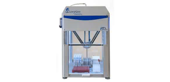 """Der Hochgeschwindigkeitsdispenser """"Scorpion"""" von Art Robbins Instruments wurde als Sonderversion für die Anwendung im Chemielabor optimiert. (Bild: Dunn Labortechnik)"""