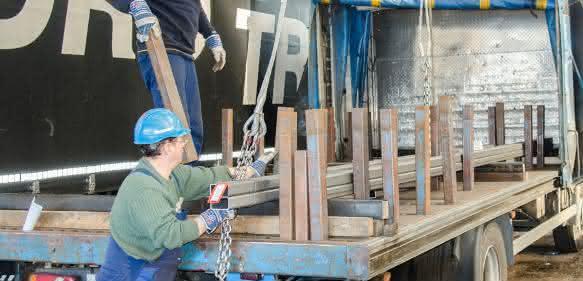 Bildergalerie: Eiserne Königsdisziplin: Ladungssicherung im Stahltransport