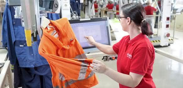 Qualitätssicherung von Mietkleidung: Miet-Schutzkleidung wird geprüft