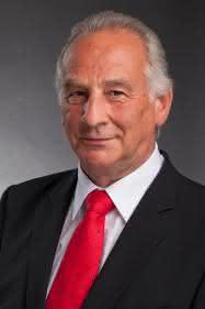 Manfred Bär
