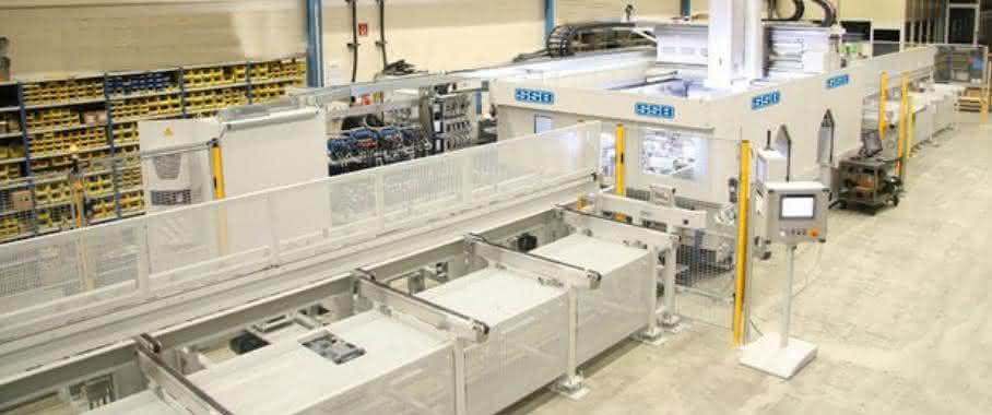 Bearbeitungszentrum in den Produktions-Workflow eingebettet
