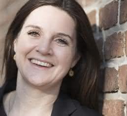 Annina Schopen, Redakteurin handling