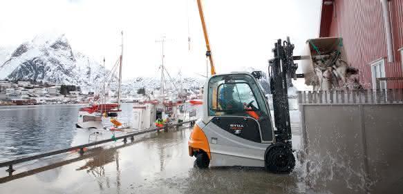 Still-RX60-35-Norwegen Hafen