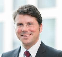 Dr. Ralf Zander
