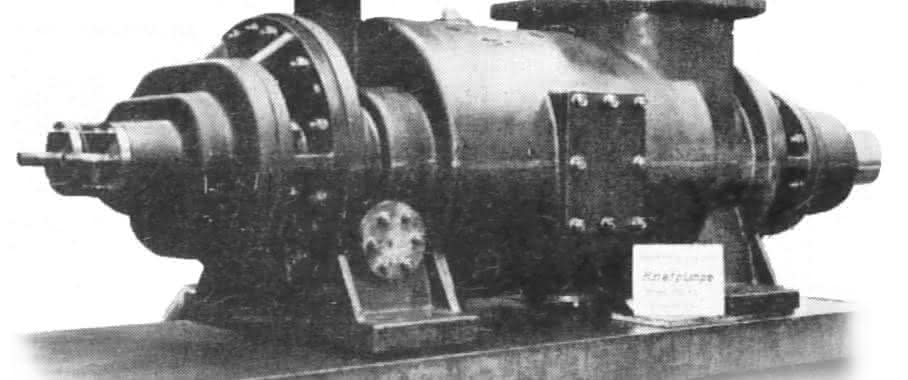 1937 entstand der erste Extruder auf Basis einer Schraubenspindelpumpe. (Bild: Lsitsritz)