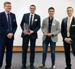 Preisverleihung mit (v.l.) Sigma Geschäftsführer Thomas Klein, Marco Kwiatkowski (Günther Heisskanaltechnik), Marco Ruivo (Speedturtle) und Timo Gebauer (CTO Sighma)
