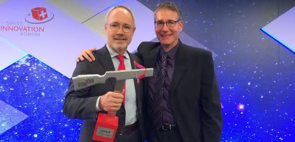 Die beiden Endress+Hauser Entwickler Dr. Wolfgang Drahm (links) und Dr. Martin Anklin