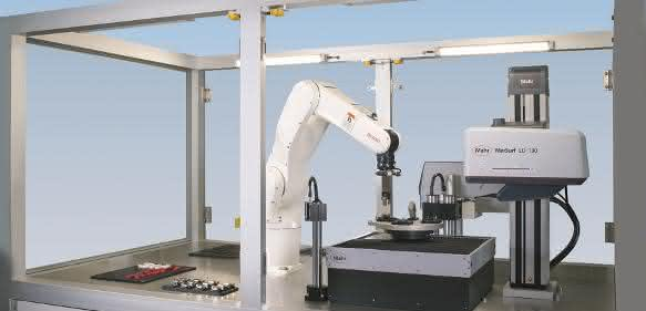 Roboterunterstützter CNC-Messplatz