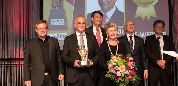 Manfred Bär erhielt den Ehrenpreis für das Lebenswerk. Laudator war Edgar Grundler, Mitglied der Jury.