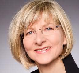 Dr. Bärbel Naderer ist seit Februar 2009 Geschäftsführerin des Vereins Kunststoffland NRW. Zuvor war sie im Wirtschaftsministerium des Landes Nordrhein-Westfalen unter anderem für Branchen- und Industriepolitik zuständig. (Bild: Kunststoffland)