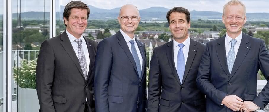 Ulrich Reifenhäuser, Karsten Kratz, Bernd Reifenhäuser (CEO), Dr. Bernd Kunze. (Bild: Reifenhäuser)