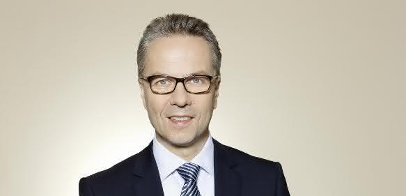 Der Vertrag von Dr. Stefan Spindler wird für fünf Jahre bis zum 30. April 2023 verlängert.