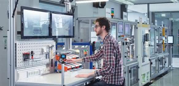 Assistenzsysteme: Intelligente Helfer für die Industrie