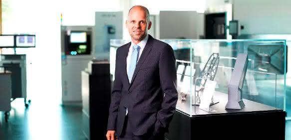 Dr. Adrian Keppler