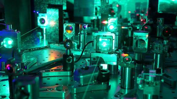 Neues Strahlführungskonzept für Ultrakurzpulslaser