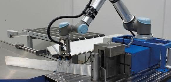 CNC-Biegemaschine: Biegeprozesse prozesssicher abarbeiten