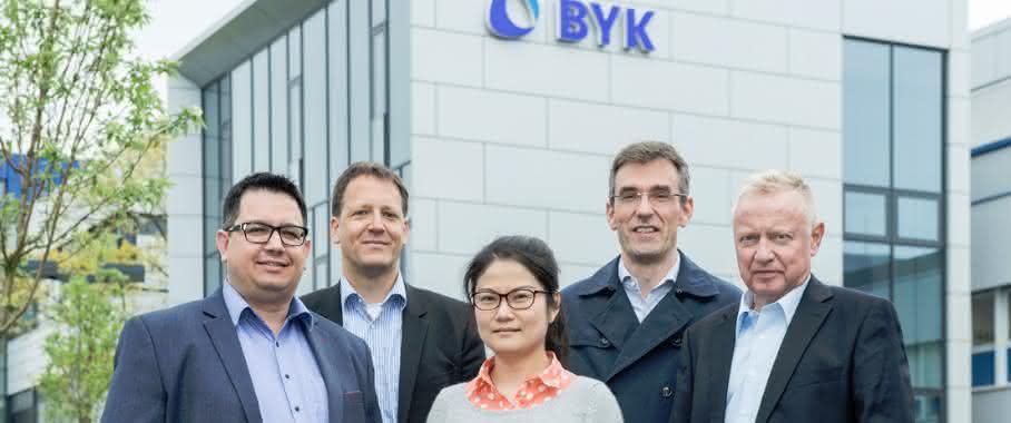 Das Gewinnerteam bestehend (v.l.) aus Guillaume Jaunky, Mark Heekeren, Jia Cheng, Marc Eberhardt, Olaf Muschiolik. (Bild: BYK)