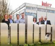 Die Unternehmen Huber und Van-der-Heijden freuen sich auf eine erfolgreiche gemeinsame Zukunft.