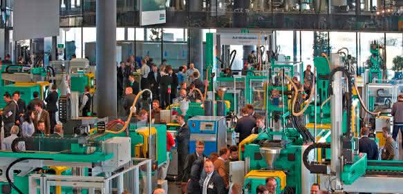 Mehr als 6700 Besucher mit 43 Prozent Auslandsanteil meldete für die 2017er Ausgabe der Technologie-Tagein Loßburg. (Bild: Arburg)