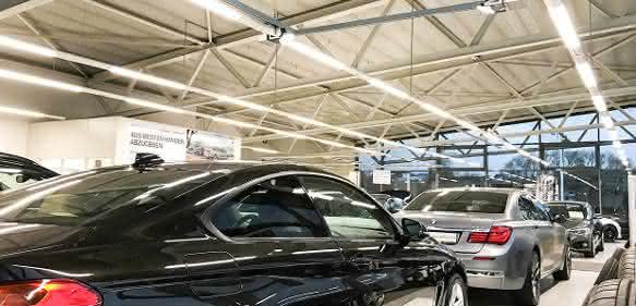 BMW-Fahrzeuge ins perfekte Licht gerückt