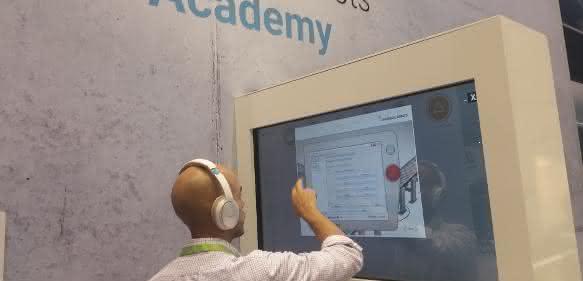 UR Academy