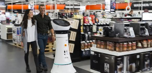 Service-Roboter bei Saturn: Paul macht Tech-Nick Konkurrenz