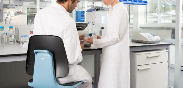 Laborstuhl