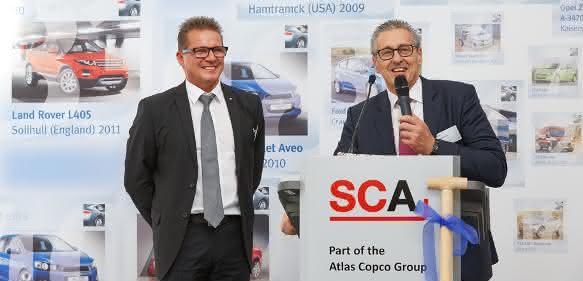 SCA Olaf Leonhardt GF SCA und Ronnie Leten Konzernchef Atlas Copco von links