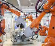 Roboterunterstützte Fertigungslinie