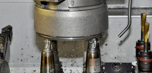 Vertikaldrehmaschine mit Mehrspindelkopf