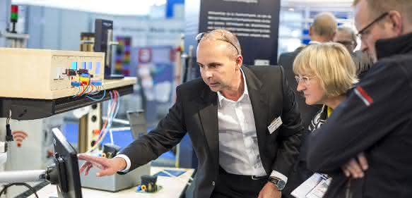 Smart Factory von Elabo auf der IT & Business 2015