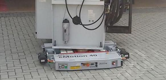 Schwerlastfahrwerk: Lasten ferngesteuert transportieren