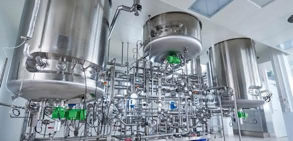 Rentschler Biotechnologie: Inbetriebnahme einer innovativen Twin-Anlage mit zwei mal 3.000 Liter und zugehörigen Aufreinigungsanlagen. (Bild: Rentschler Biotechnologie)