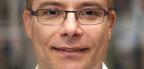 Dr. Alexander Bünz