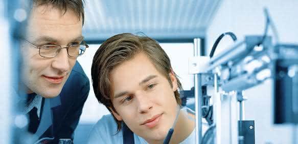 Ausbildung zum Mechatroniker