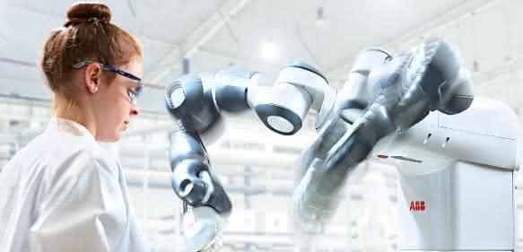 """Zweiarm-Roboter """"YuMi"""""""
