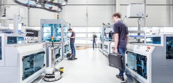 Testumgebung zur industrienahen Forschung auf der Automatica