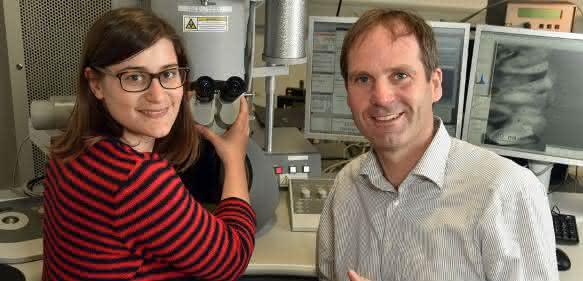 Dr. Agnese Fazio und Prof. Dr. Falko Langenhorst