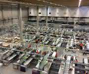 Ebay Lager in Halle Blick auf den Verpackungs- und Konsolidierungsbereich