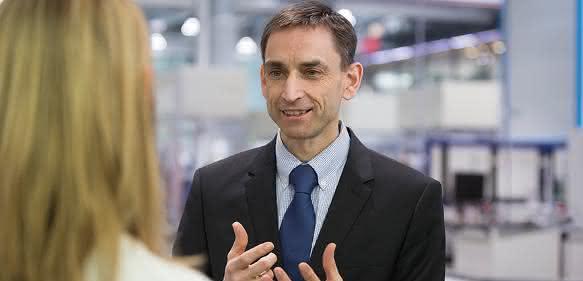 Dr. Ulrich von Hülsen
