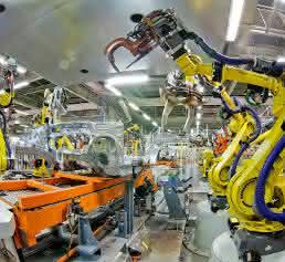 Roboter Automobilproduktion Fanuc