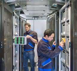 """Batteriespeichersystem """"Energy Neighbor"""" von Varta Storage und der TU München"""