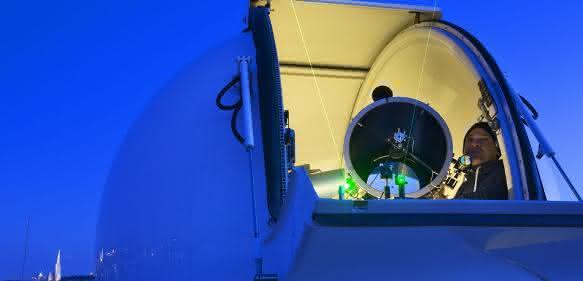 Hedy Lamarr Quantum Communication Telescope