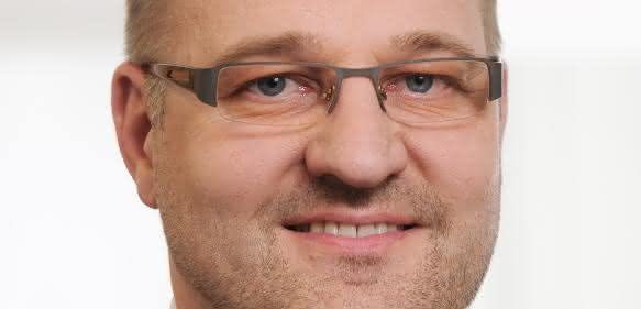 Dr. Tobias Abeln, EOS